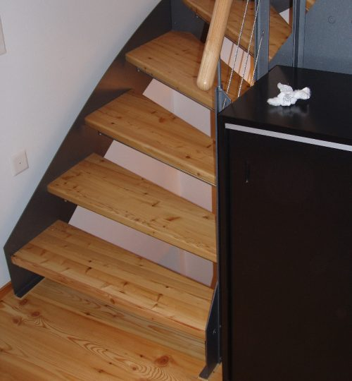 Treppe Lärche Metall